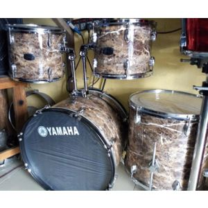 5 set yamaha drum set