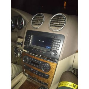 Mercedes Benz stereo