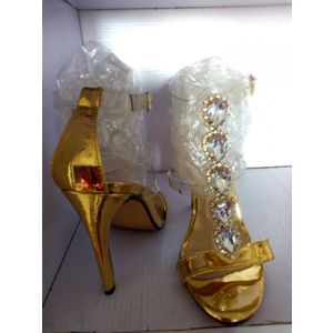 Cheenees Gold Shoe