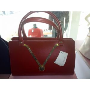 lauinia red bag