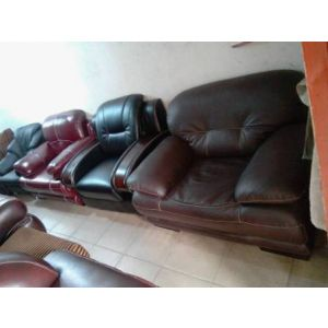 set of sofa by 7 chair