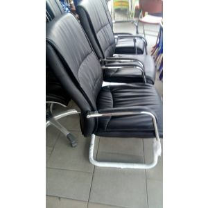 Executive leather visitors chairs
